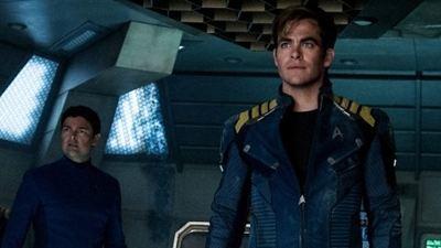 Star Trek Sonsuzluk'tan Yeni Fotoğraflar!