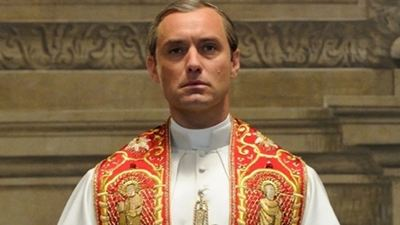 'The New Pope'tan Jude Law ve John Malkovich'li İlk Kare!
