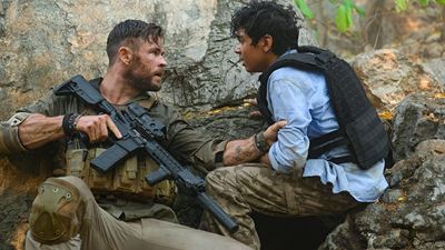 """Chris Hemsworth Başrollü """"Extraction""""dan Yeni Poster!"""