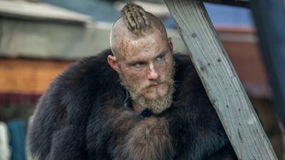'Vikings'in Yıldızı Alexander Ludwig, Netflix Gerilimi 'Night Teeth'in Kadrosunda