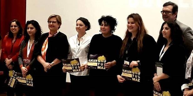 Kadın Yönetmenler İlk Filmleriyle İzmir'deydi!