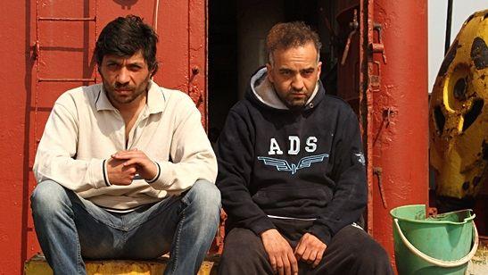 """Tolga Karaçelik'in """"Sarmaşık"""" Filmi East End Film Festivali'nde """"En İyi Film"""" Ödülü Aldı!"""