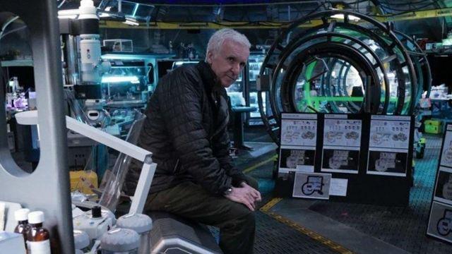 """""""Avatar"""" Devam Filminden James Cameron'lı Set Fotoğrafı!"""