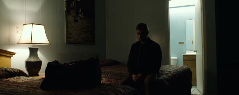 """Daniel Radcliffe """"Beast of Burden""""da Uyuşturucu Kaçırıyor!"""