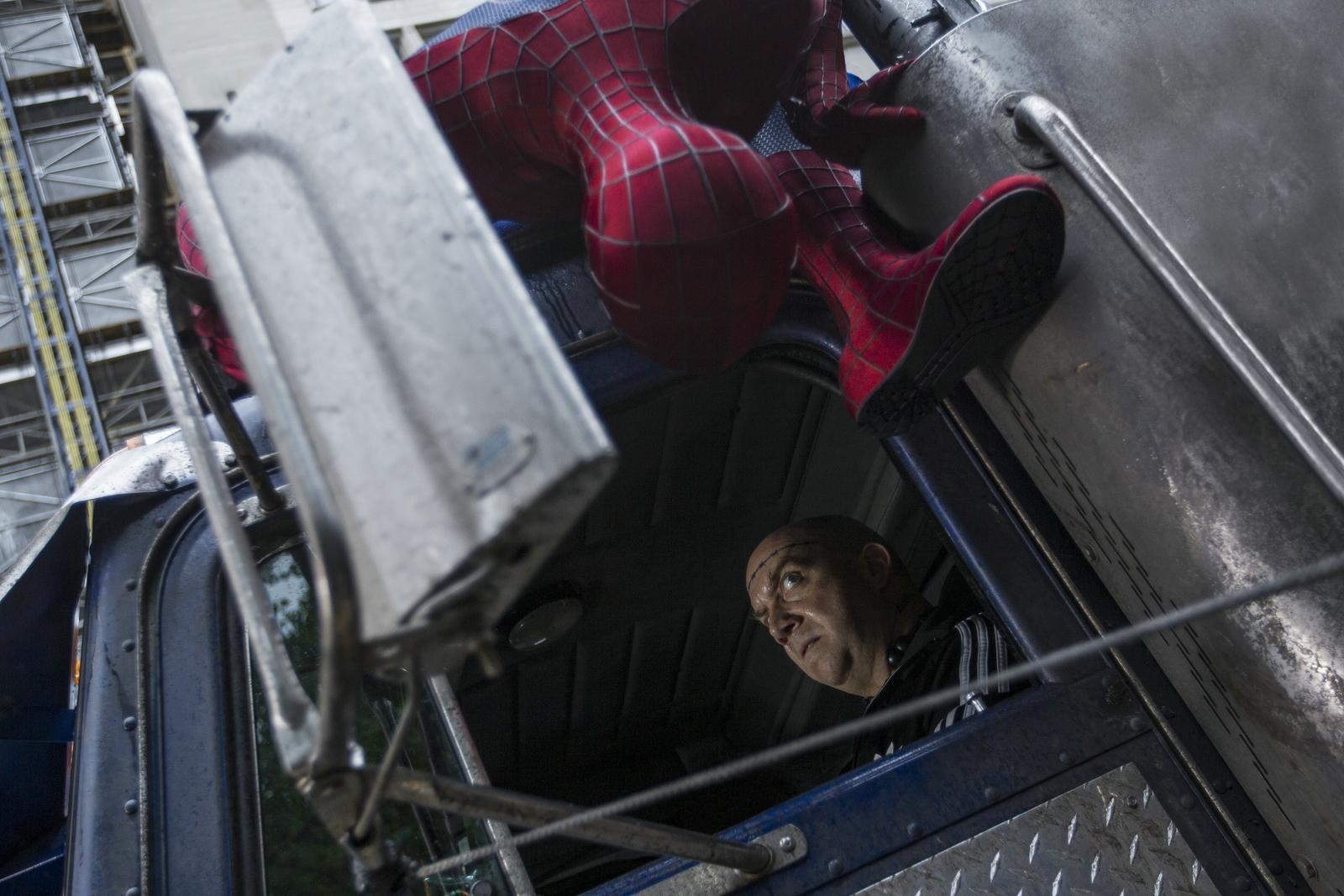 Смотреть человек паук высокое напряжение онлайн бесплатно в хорошем качестве 13 фотография