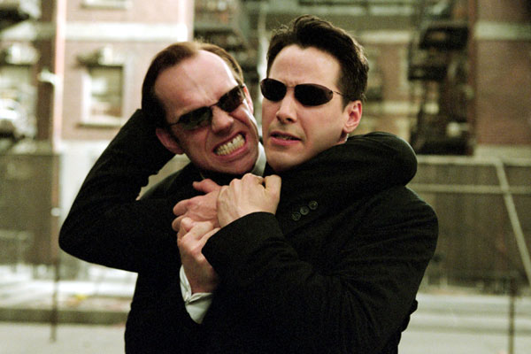 Matrix Reloaded : Fotograf Hugo Weaving, Keanu Reeves