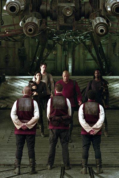 Matrix Reloaded : Fotograf Carrie-Anne Moss, Harold Perrineau, Keanu Reeves, Laurence Fishburne