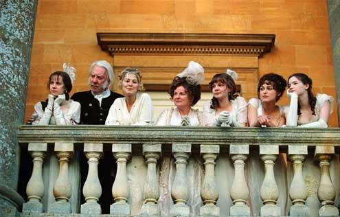 Ask ve Gurur : Fotograf Brenda Blethyn, Donald Sutherland, Jena Malone, Rosamund Pike, Talulah Riley