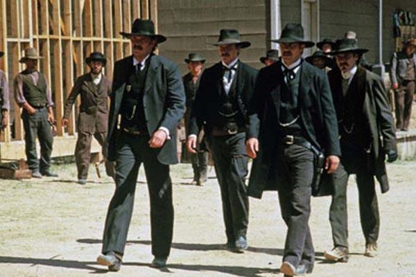 Wyatt Earp : Fotograf Dennis Quaid, Kevin Costner, Lawrence Kasdan, Linden Ashby, Michael Madsen