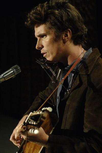 Beni Orada Arama : Fotograf Christian Bale