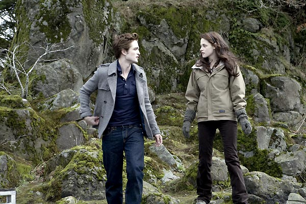 Alacakaranlik : Fotograf Catherine Hardwicke, Kristen Stewart, Robert Pattinson, Stephenie Meyer