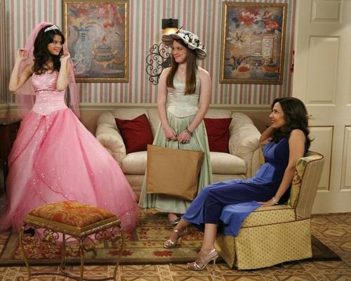 Wizards of Waverly Place : Fotograf Jennifer Stone, Maria Canals, Selena Gomez