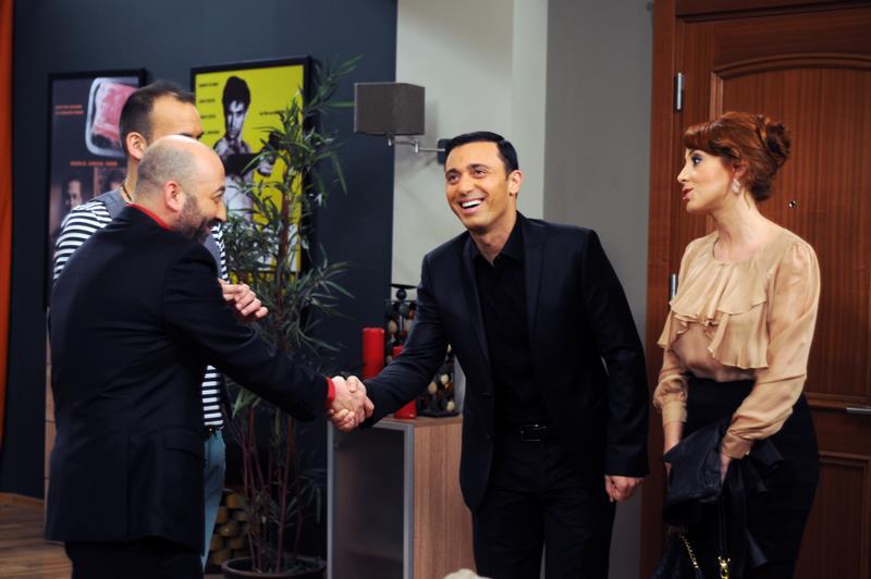 Başrolde Aşk : photo Dolunay Soysert, Mustafa Sandal