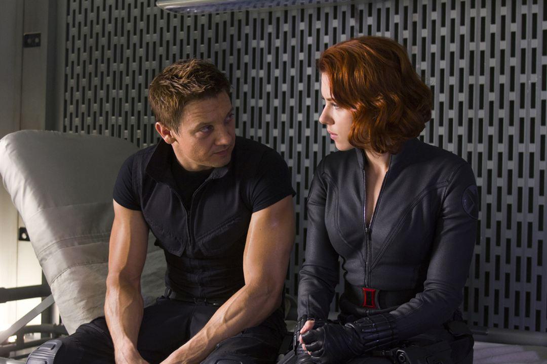 Yenilmezler : Fotograf Jeremy Renner, Scarlett Johansson