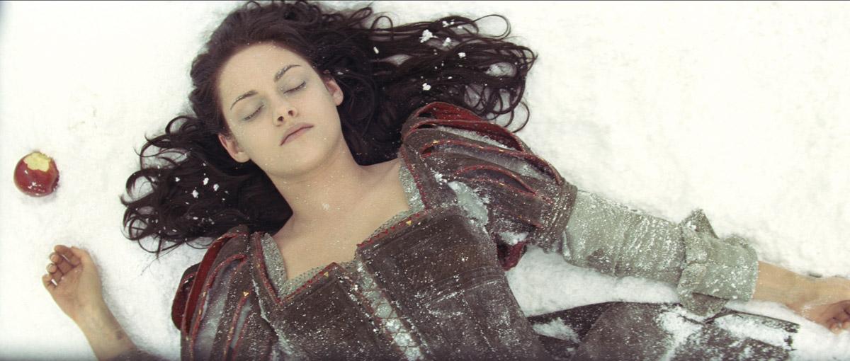 Pamuk Prenses ve Avci : Fotograf Kristen Stewart
