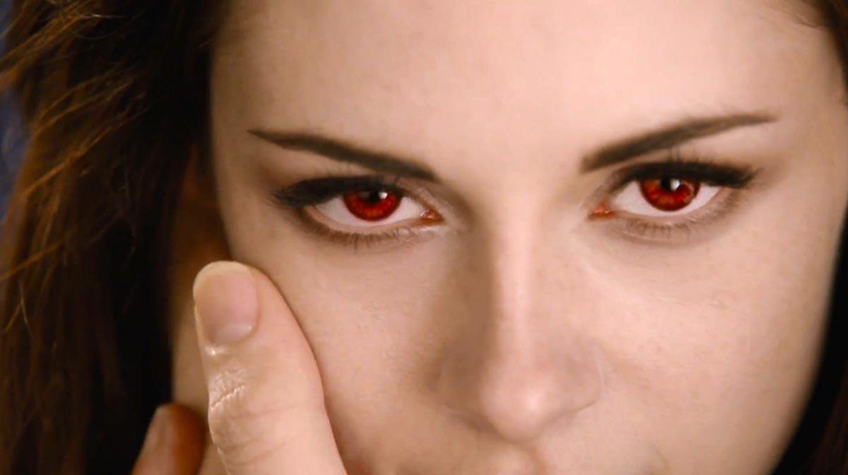 Alacakaranlik Efsanesi : Safak Vakti Bölüm 2 : Fotograf Kristen Stewart, Stephenie Meyer