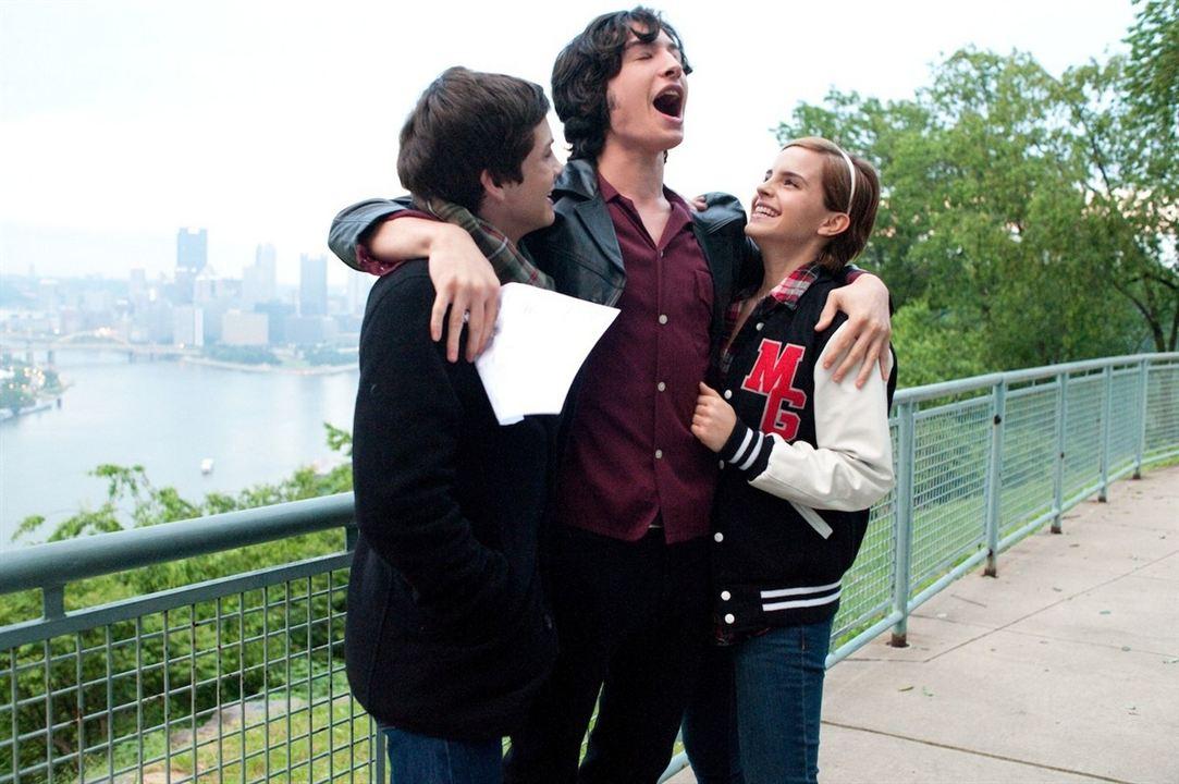 Saksi Olmanin Faydalari : Fotograf Emma Watson, Ezra Miller, Logan Lerman