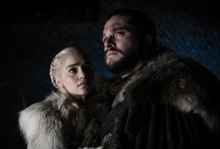 """Jon Snow'un Dany'yi öldürmesi onu """"Müjdelenmiş Önder"""" yaptı mı?"""