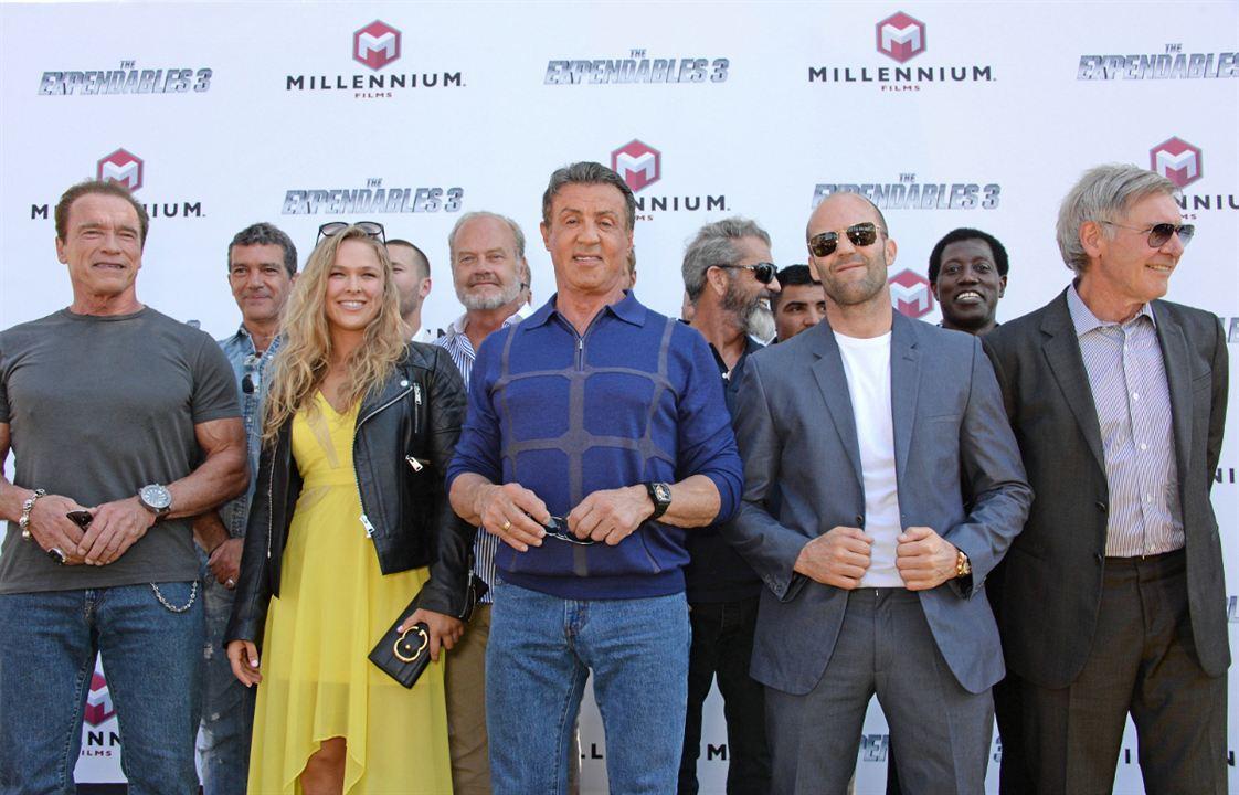 Cehennem Melekleri 3 : Vignette (magazine) Antonio Banderas, Arnold Schwarzenegger, Harrison Ford, Jason Statham, Mel Gibson