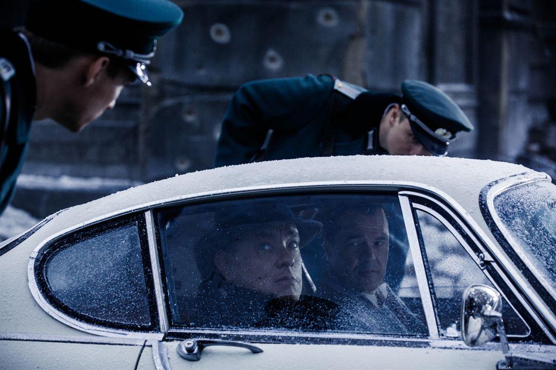 Casuslar Köprüsü : Fotograf Sebastian Koch, Tom Hanks