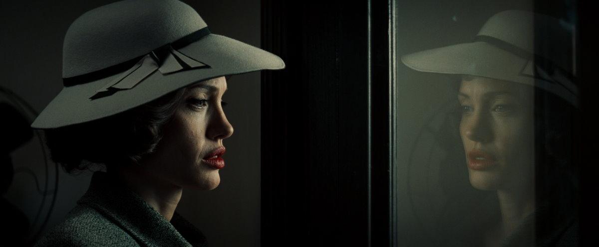 Sahtekar : Fotograf Angelina Jolie