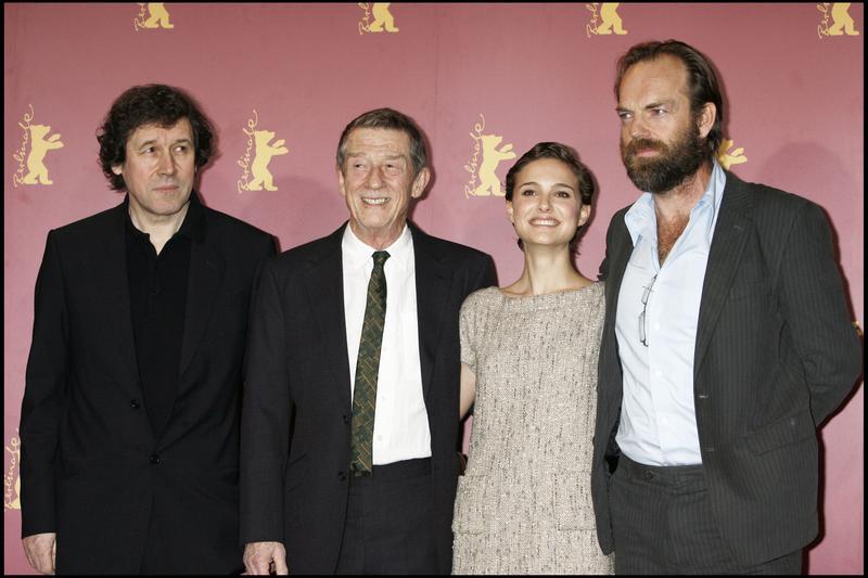 V : Vignette (magazine) Hugo Weaving, John Hurt, Natalie Portman, Stephen Rea
