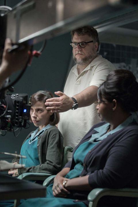 Suyun Sesi : Fotograf Guillermo del Toro