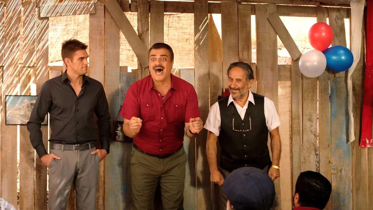 Ay Lav Yu Tuu : Fotograf Josh Folan, Kevork Malikyan, Sermiyan Midyat