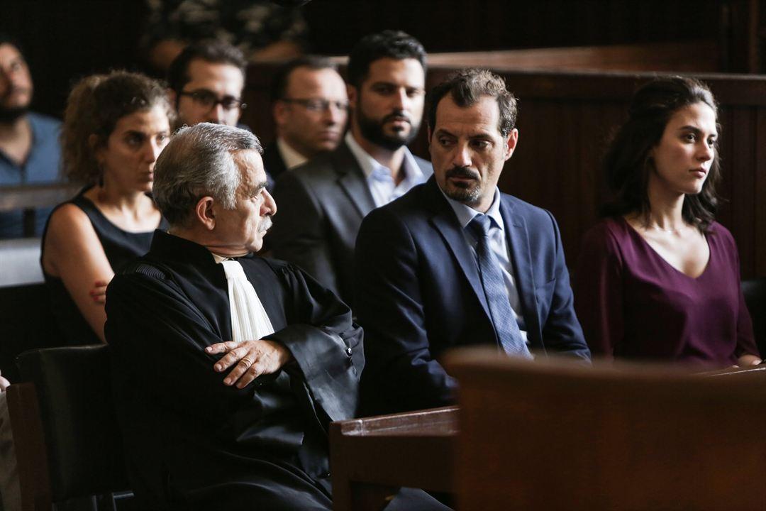 Hakaret : Fotograf Adel Karam, Camille Salamé