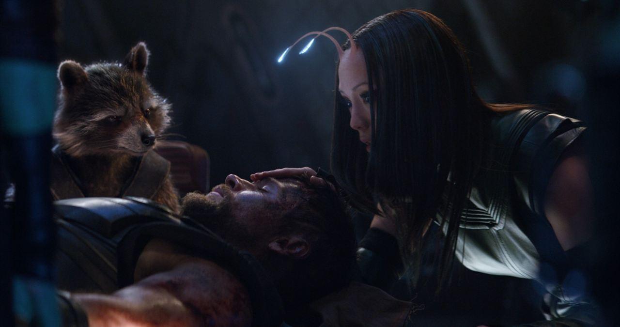 Avengers: Sonsuzluk Savasi : Fotograf Chris Hemsworth, Pom Klementieff
