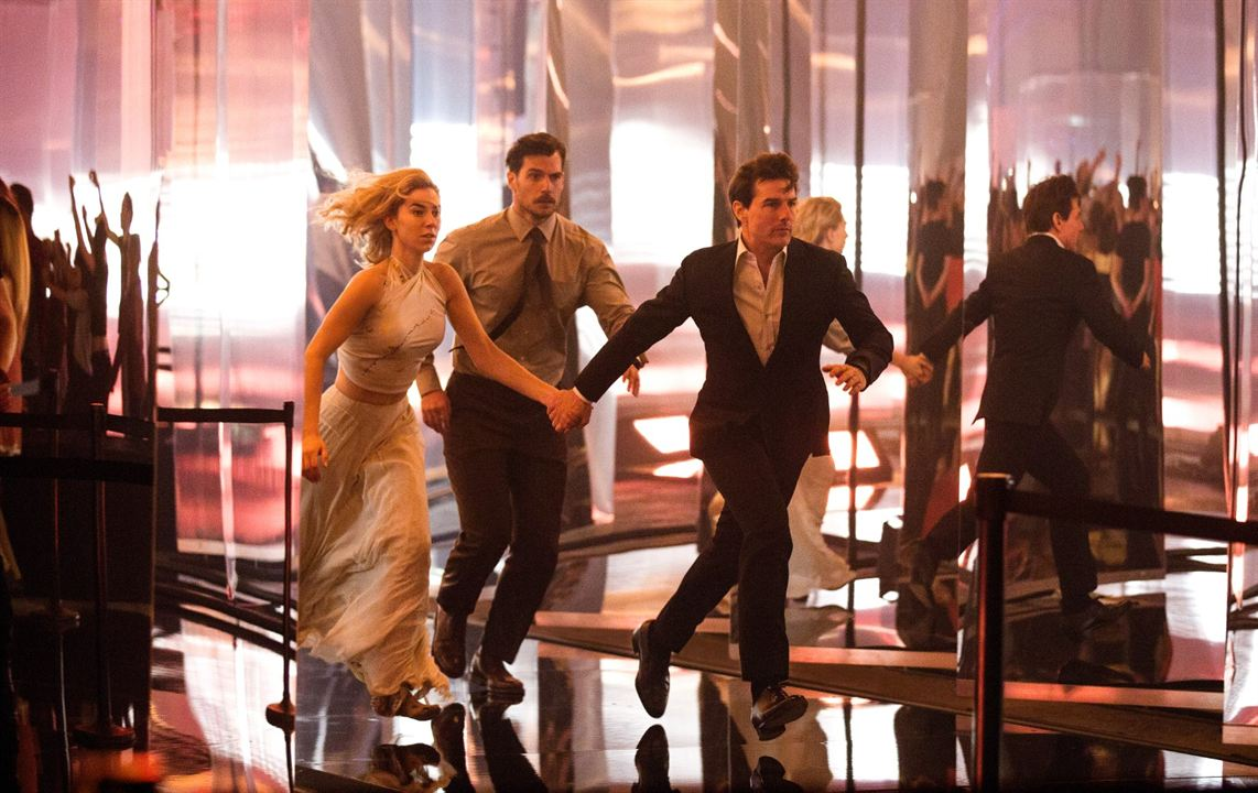 Mission: Impossible Yansimalar : Fotograf Henry Cavill, Tom Cruise, Vanessa Kirby