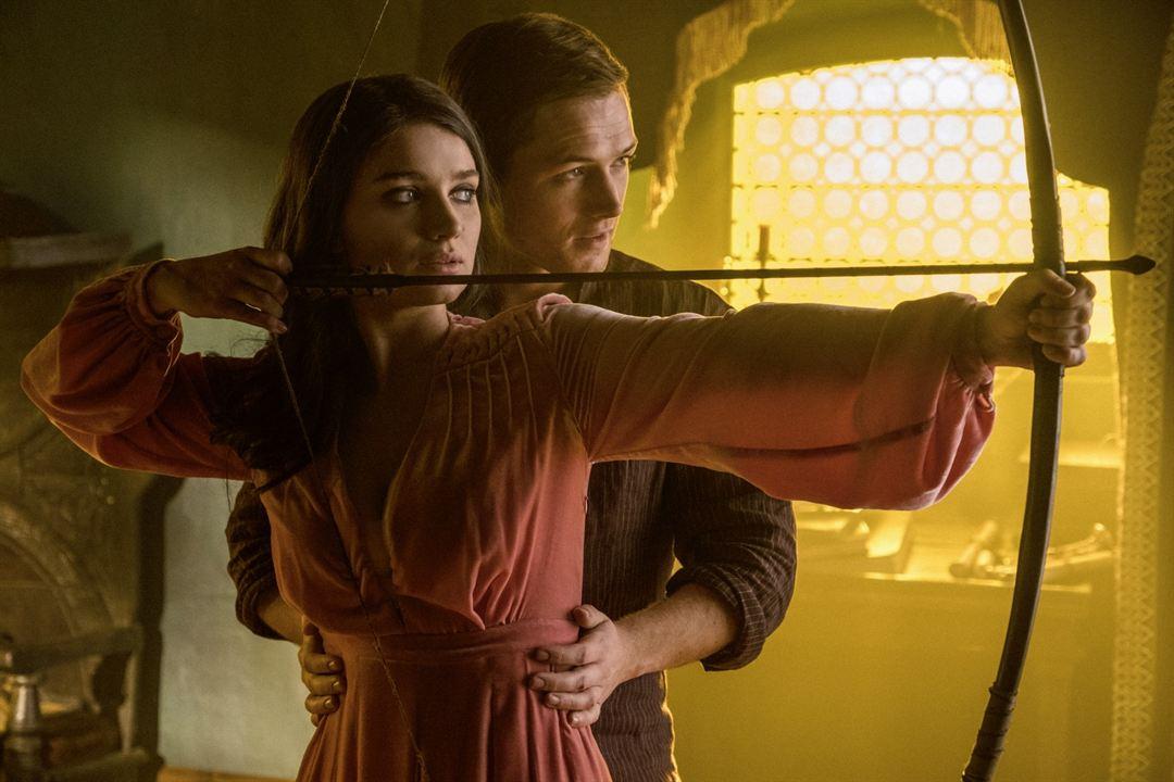 Robin Hood : Fotograf Eve Hewson, Taron Egerton