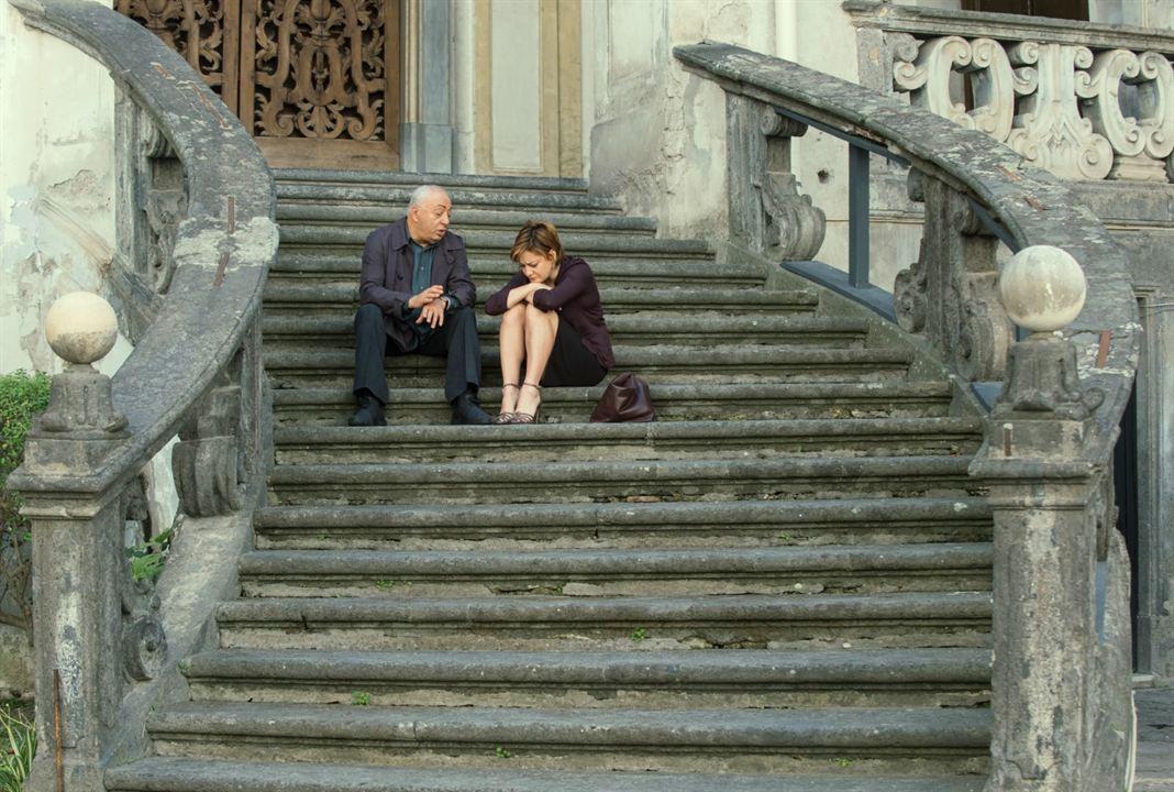 Napoli'nin Sirri : Fotograf Giovanna Mezzogiorno, Peppe Barra