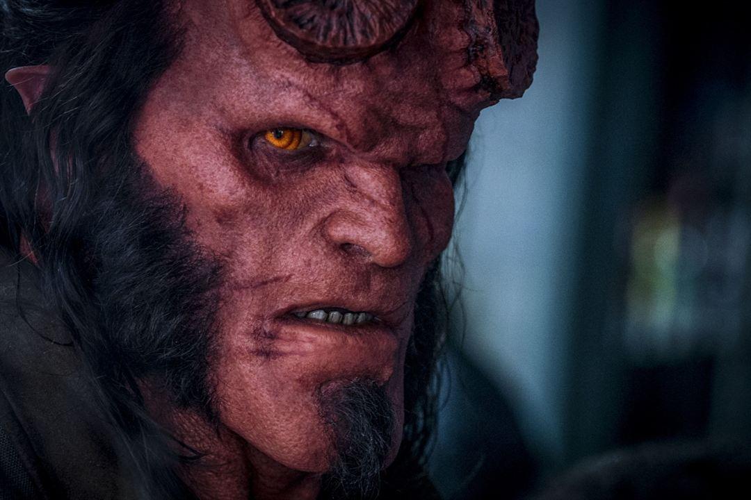 Hellboy : Fotograf David Harbour