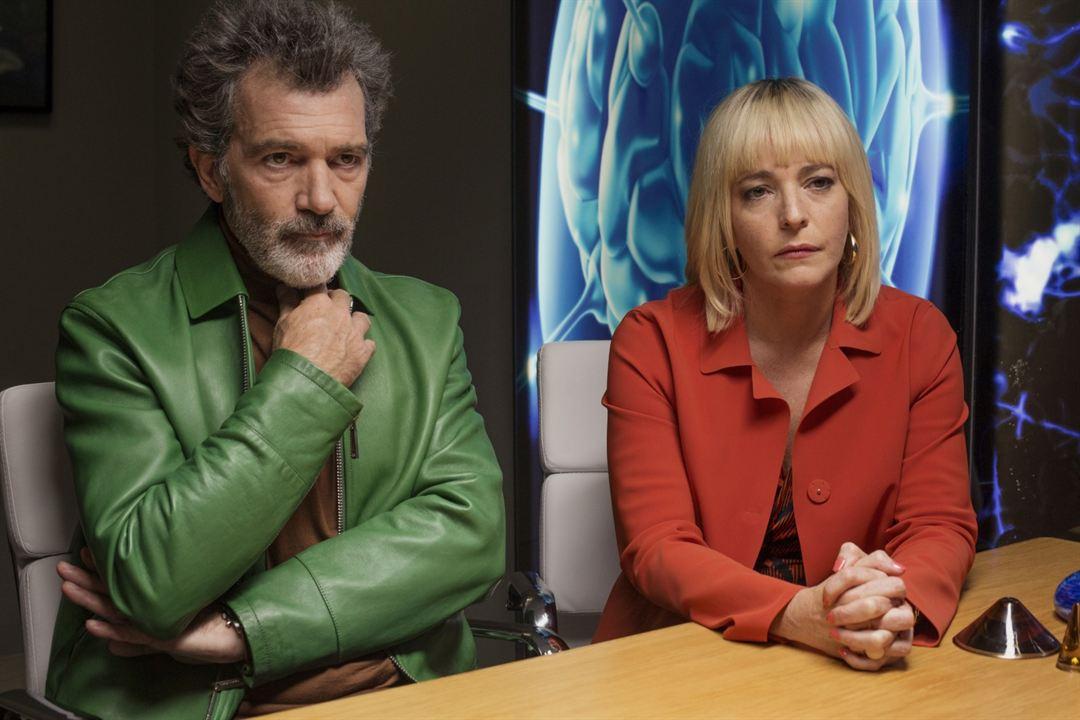Aci ve Zafer : Fotograf Antonio Banderas, Cecilia Roth