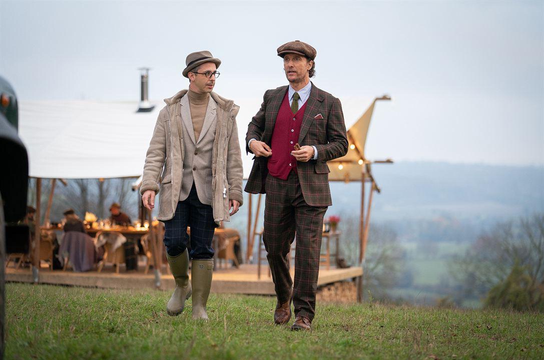 The Gentlemen : Fotograf Jeremy Strong, Matthew McConaughey