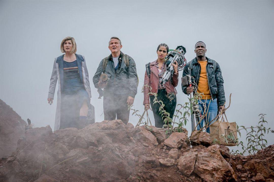 Fotograf Bradley Walsh (II), Jodie Whittaker, Mandip Gill, Tosin Cole