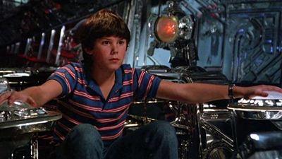 """Bryce Dallas Howard, Disney+ İçin """"Flight of the Navigator"""" Uyarlaması Çekecek"""