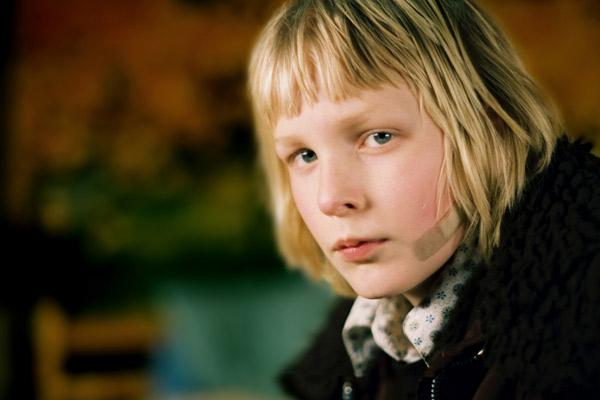 Gir Kanima : Fotograf Kåre Hedebrant, Tomas Alfredson