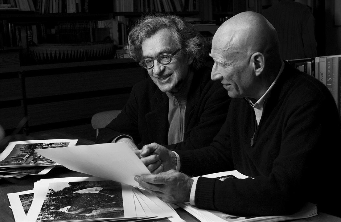 Topragin Tuzu : Fotograf Sebastião Salgado, Wim Wenders
