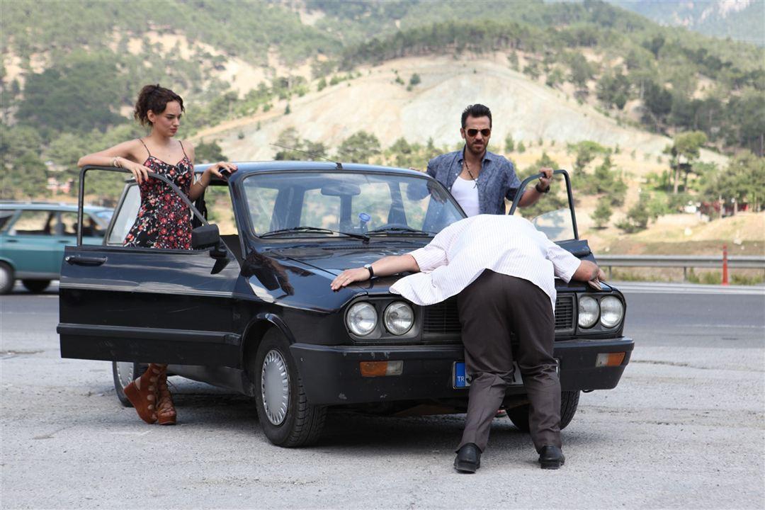 Kara Bela : Fotograf Erkan Kolçak Köstendil, Seda Bakan