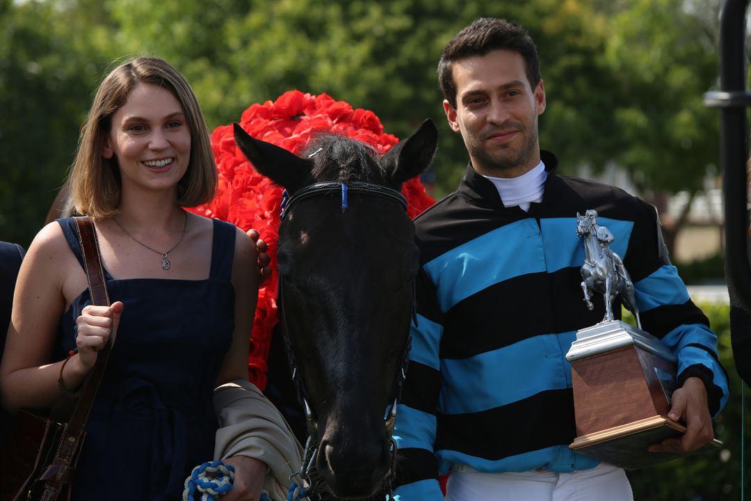 Bizim İçin Şampiyon: Ekin Koç, Farah Zeynep Abdullah