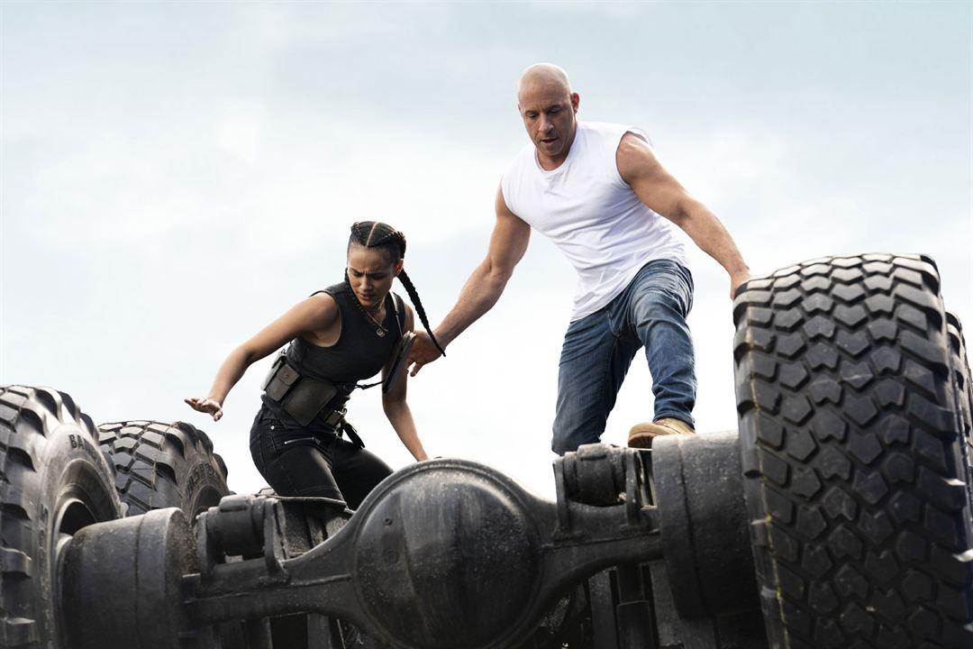 Hizli ve Öfkeli 9 : Fotograf Nathalie Emmanuel, Vin Diesel