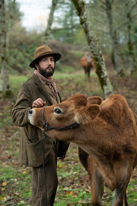 First Cow: John Magaro