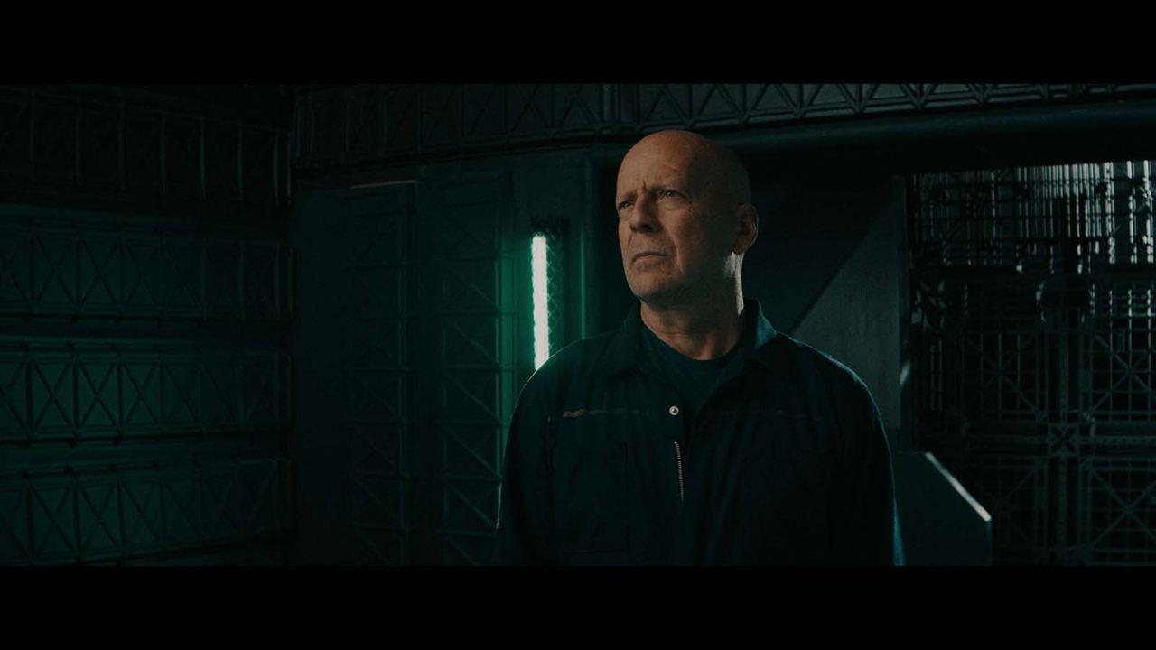 Breach: Bruce Willis