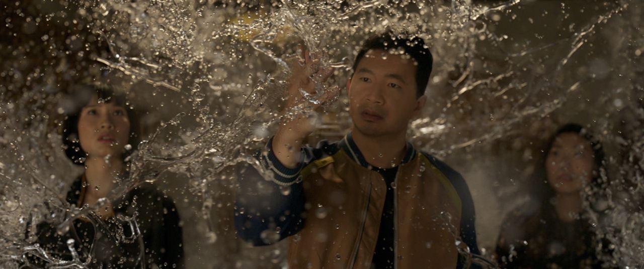 Shang-Chi ve On Halka Efsanesi : Fotograf Awkwafina, Meng'er Zhang, Simu Liu