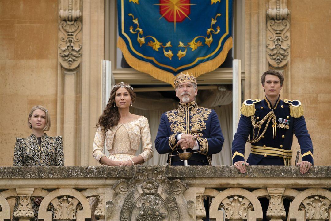 Cinderella: Nicholas Galitzine, Minnie Driver, Pierce Brosnan