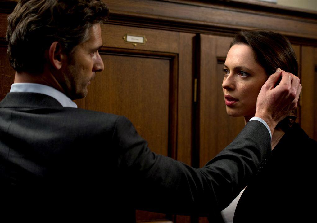 Kapalı Devre: Rebecca Hall, Eric Bana