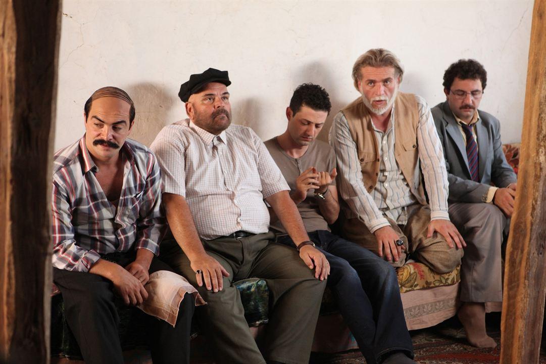 Dügün Dernek : Fotograf Ahmet Kural, Baris Yildiz, Inan Ulas Torun, Murat Cemcir, Rasim Öztekin